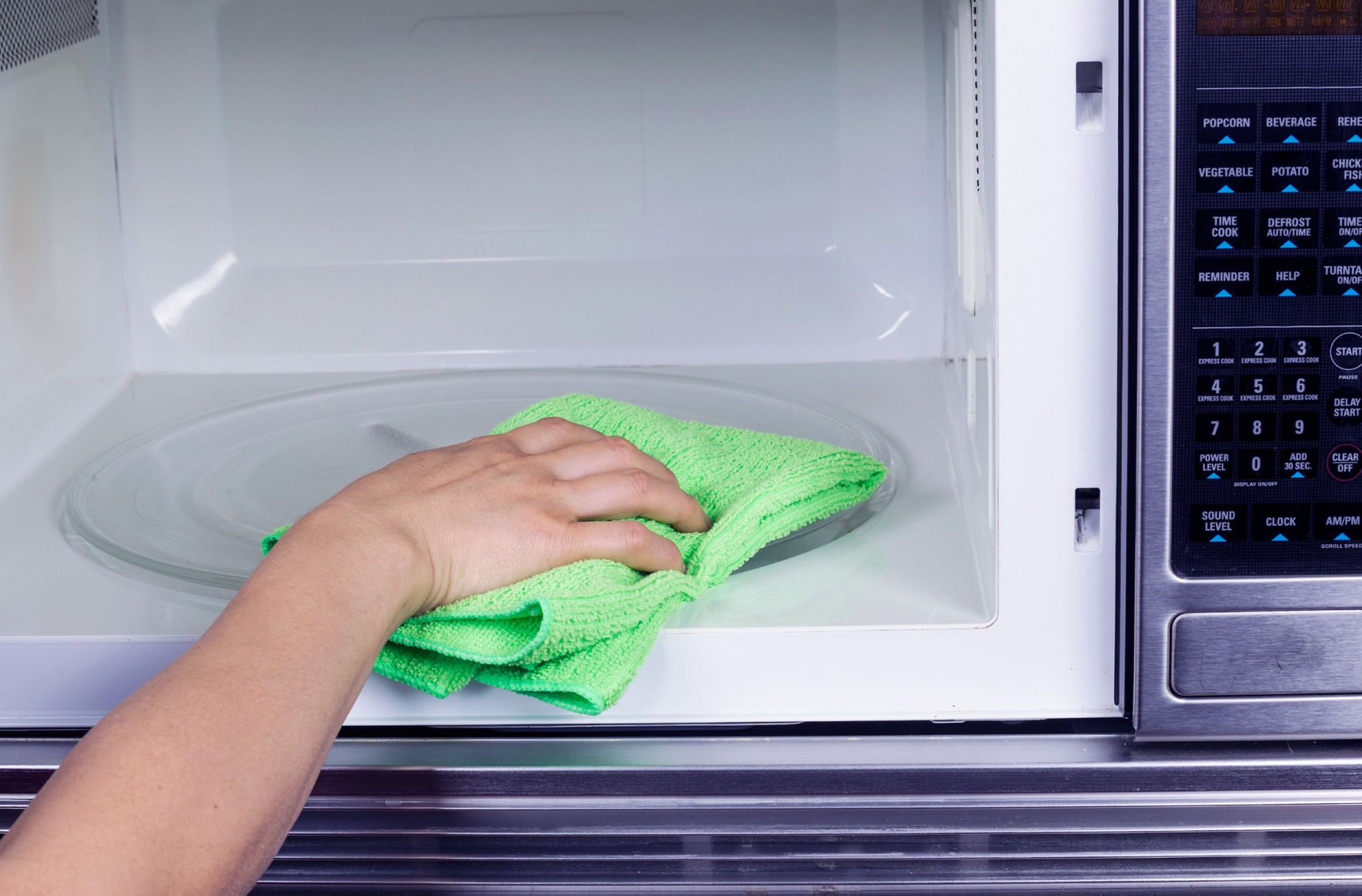 Clean your microwave the simple way