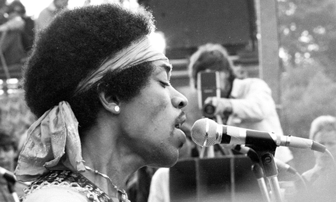 Jimi Hendrix Sings