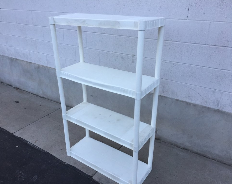Joining Plastic Shelves